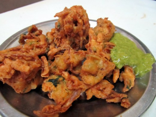 onion n methi pakodas