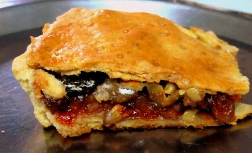 a piece of the apple pie